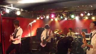 More Vibes Presents 生放送ヴァイブス @京橋ism