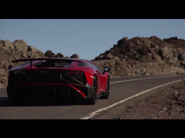 Lamborghini Aventador LP 750-4 SV - Backstage