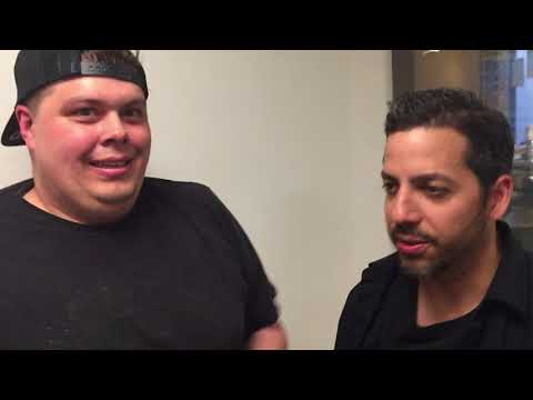 Huey Cam: David Blaine Performs A Card Trick For Baby Huey And No Name 05-11-18