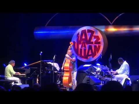 Branford Marsalis Quartet - Jazz à Juan 2017 Guest Kurt Elling