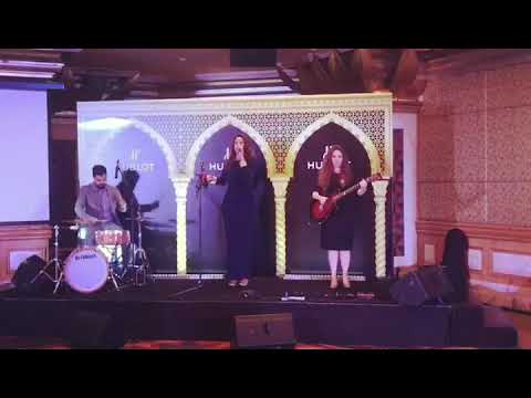 "Quando Quando -Live band Oman - Thanae ""Omani Greek Singer"""
