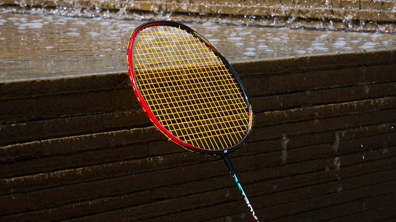 YONEX Astrox 88D Review (2018) - The Best Racket?