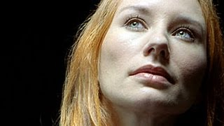 Tori Amos - Your Cloud (lyrics)