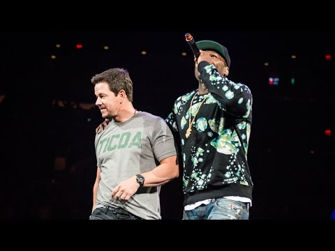 Mark Wahlberg Surprises Crowd at New Kids on the Block Concert!