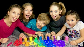 Learn English Colors! Rainbow Play Doh with Sign Post Kids!