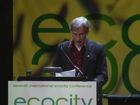 Paolo Soleri and Richard Register at EcoCity World Summit 2008