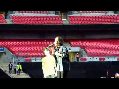 One Direction-Wembley 7th June 2014 | Rock Me
