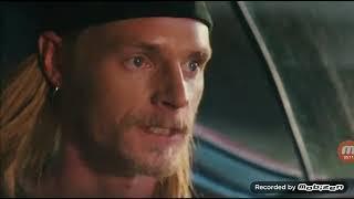 момент из фильма схватка в небе погоня за кайлам и джейсоном