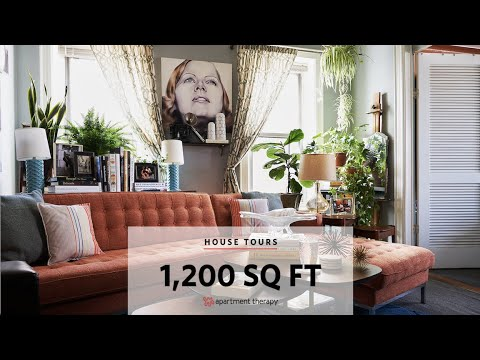 justin's-cozy,-cheery,-and-colorful-astoria-apartment-i-house-tours-by-apartment-therapy