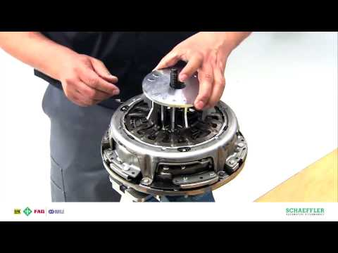 Замена сцепления Power Shift luk 602000800
