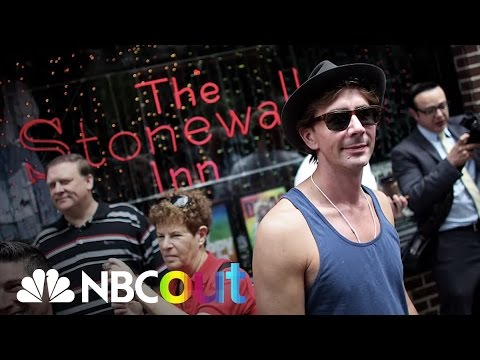 Stonewall Inn Riots Of 1969 | Flashback | NBC News