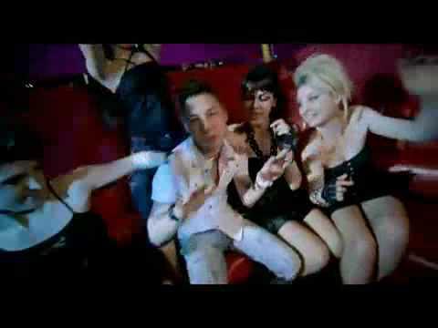 sezer-caglar-tempo-yeni-klip-2009-selcuksahinstudio-com