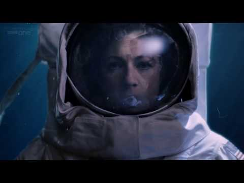 DOCTOR WHO: CLOSING TIME-THE PROFESSOR IN THE SPACESUIT