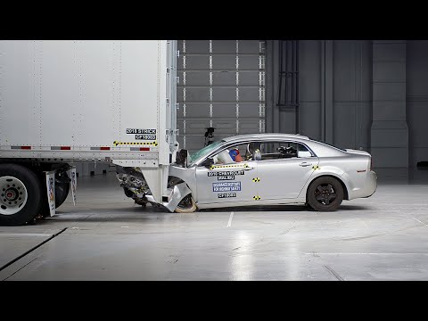 Strick Semitrailer Underride Guard Test - IIHS TOUGHGUARD Winner