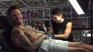 Filip Đukić, tokom tetoviranja kod Filipa Reljića, o raskidu sa Ivom