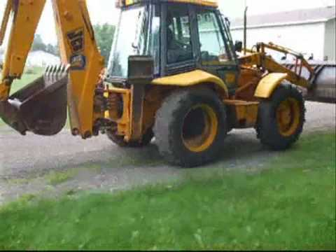 2 Stick X Hoe Backhoe grading driveway - Smooth Operator!