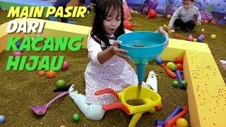 Playground Kacang Hijau | Bermain Pasir dari Biji-Biji Kacang Hijau
