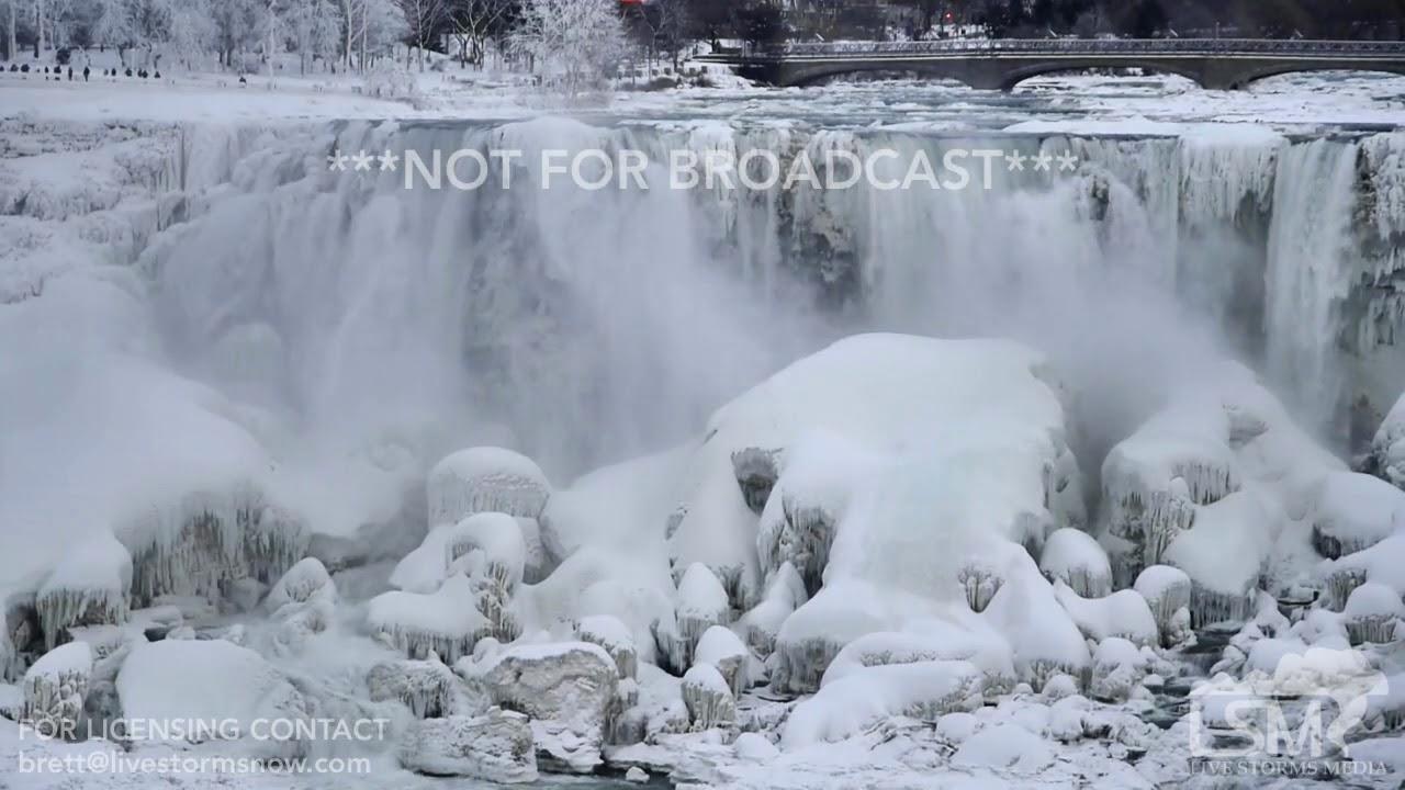 01 07 2018 Niagara Falls Ny Niagra Falls Frozen With Sot