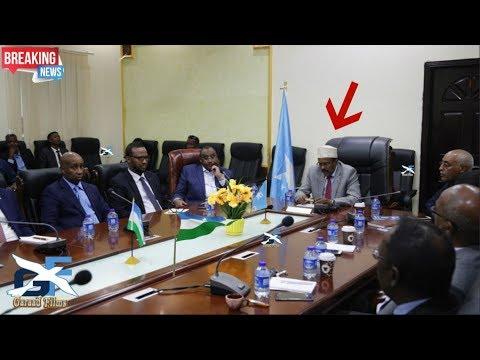 DEG DEG MD Farmaajo o wasirada puntland la hadlay lacagta magaca somalia lagu keno wa in la qeybsada