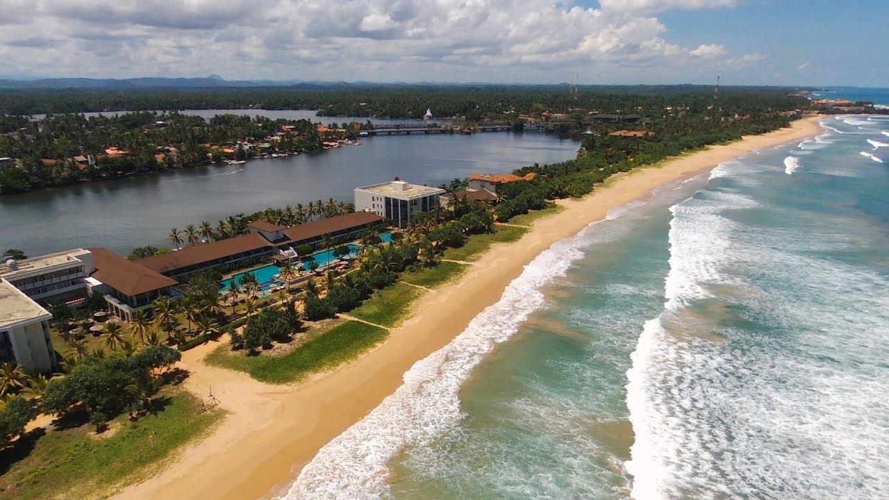 BEACH TIME! Centara Ceysands Resort and Spa Sri Lanka 2017 P5