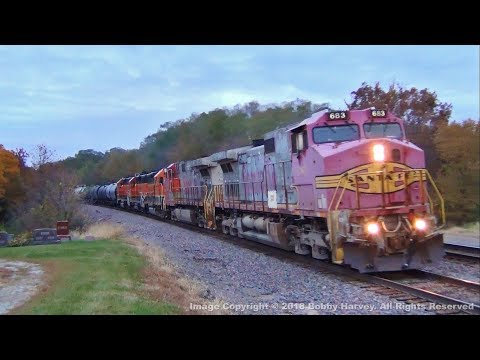 Santa Fe Warbonnet Dash 9's Lead BNSF Local Freight Train, Agency, IA 10/26/18