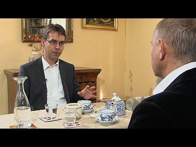 Petr Pelikán / B?etislav Ture?ek - ISIL - Debatní klub