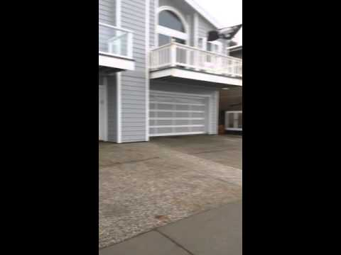 Pacifica ocean front homes in emminent peril
