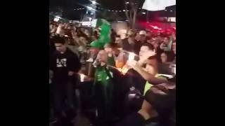 Baixar Torcida Club Atlético Nacional COL canta em homenagem a Chapecoense