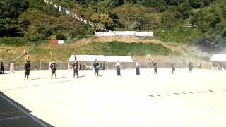 2013芦北町立湯浦小学校運動会。開会式の葦北鉄砲隊演武。