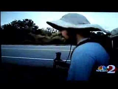 WESH 2 covers Matt Gregory walking across the country.