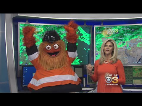 Gritty Makes His TV Debut On Eyewitness News