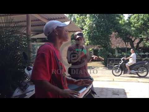 Pengamen Jalanan - KANGGO RIKO