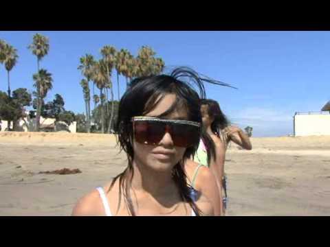 Filipina beach girls