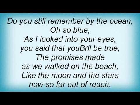 Maggie Reilly - Wait Lyrics