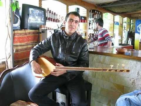 Турецкая гитара
