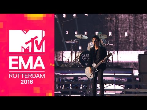Green Day - American Idiot (Live From The 2016 MTV EMA Awards)