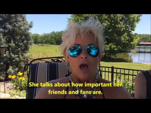 Lorrie Morgan and her fans