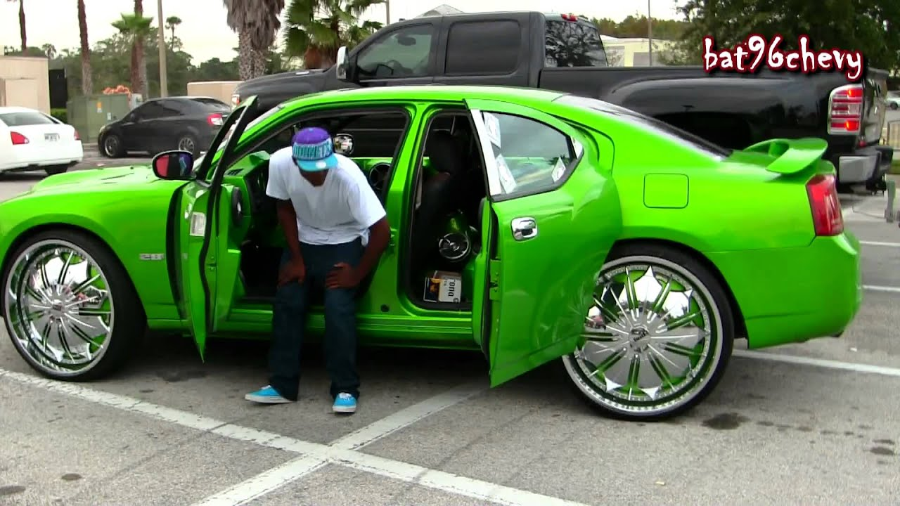 Green Dodge Charger On 28 Quot Dub Presidential Floaters