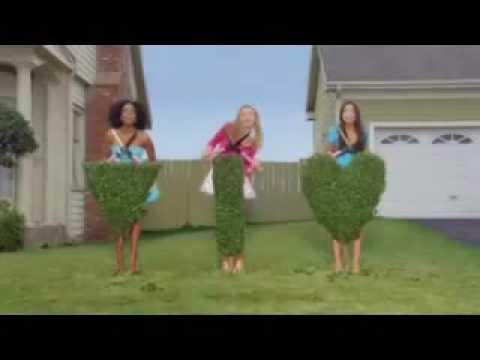 Wilkinson Sword - mow the lawn funny ad