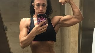 48 years young IFBB Pro Susan Clark - Female muscle