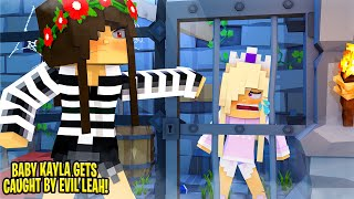 BABY KAYLA is CAUGHT SPYING BY EVIL LITTLE LEAH.... Minecraft