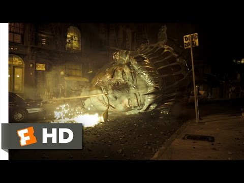 Cloverfield (1/9) Movie CLIP - The Statue of Liberty's Head