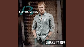 Watch Ash Bowers Look At Me Loving You video
