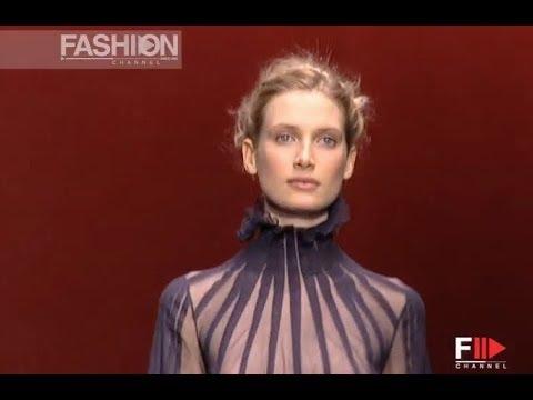 NINA RICCI Fall Winter 2001 2002 Paris - Fashion Channel