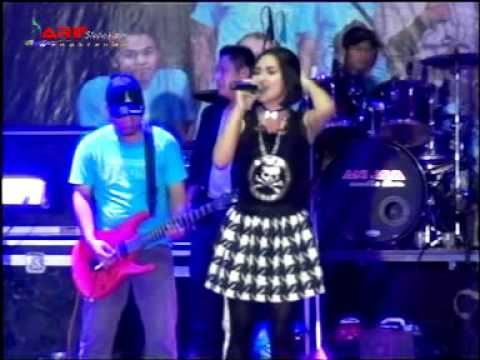 Suket teki - Voc: Puput  ODON house music dangdut