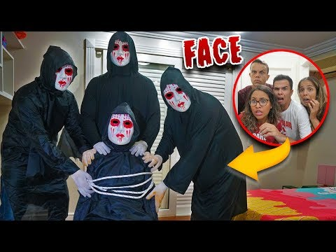 ELES NOS ENTREGARAM UM FACE! - (MUITO TENSO) - KIDS FUN