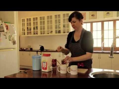 Easy Chocolate Cake in a Mug