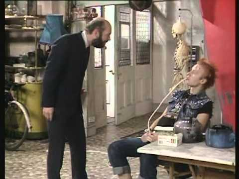 The Young Ones - S1E4-