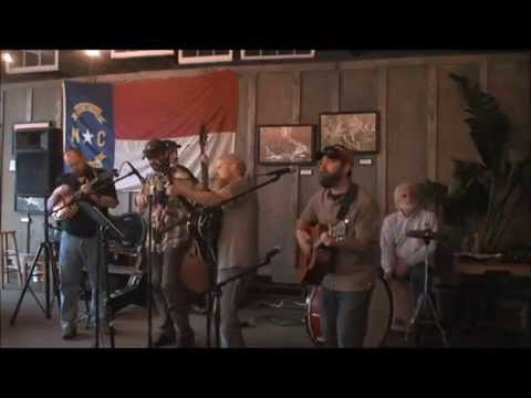 Musicians in the Round - Hank Night