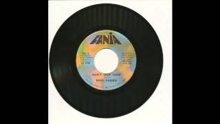 Download Ralfi Pagan - Don't Stop Now - Fania 521 MP3 song and Music Video